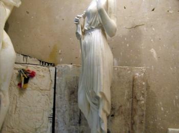 Скульптура греческой богини. Творческая работа мастерской Круг, Киев